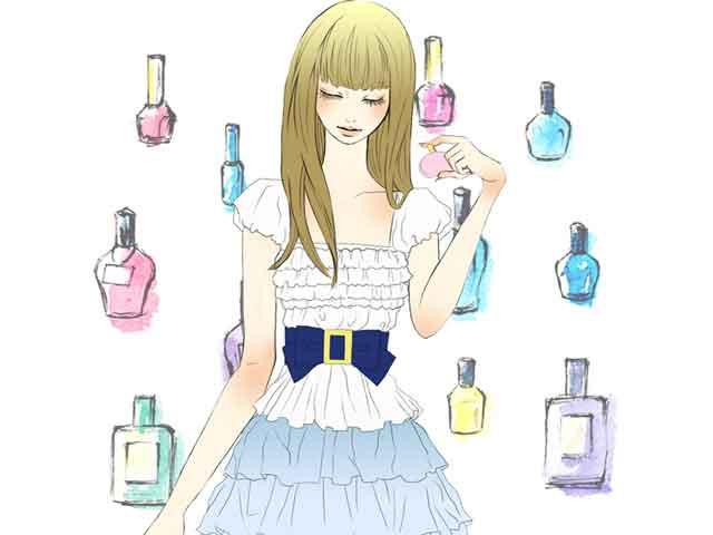 香水のおまじないをする女性